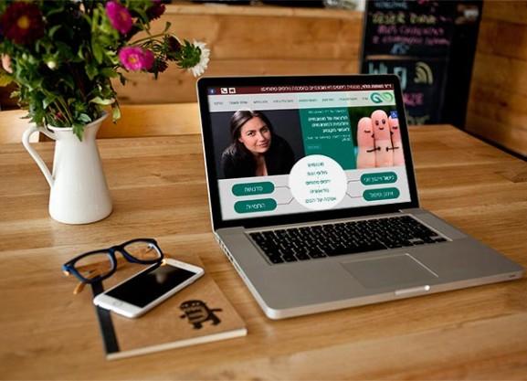 פיתוח אתר, מאשה הלוי, יחסים פתוחים, web3d