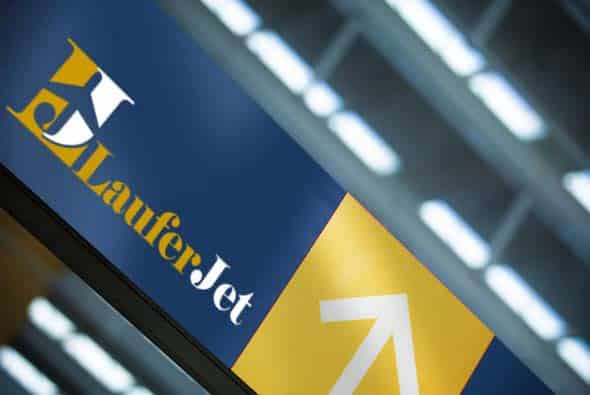 laufer jet, לוגו, עיצוב מכתבים